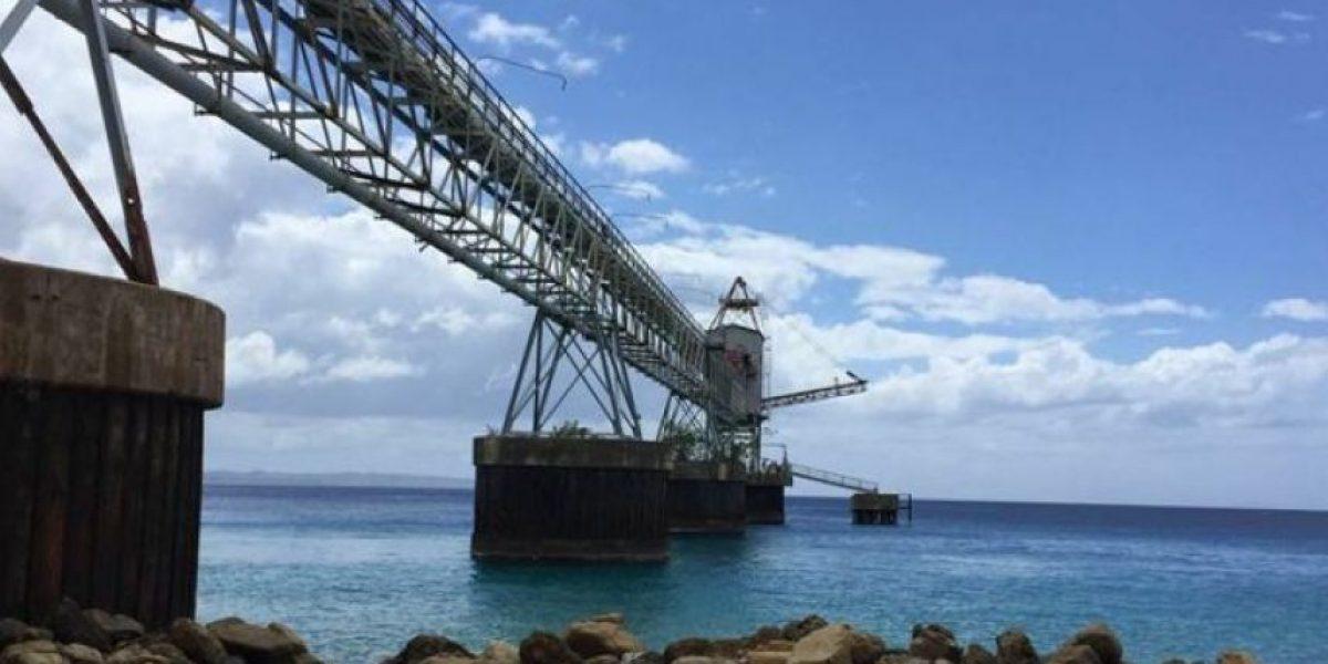 Así rescataron fémina que se lanzó de puente Azúcar en Aguadilla