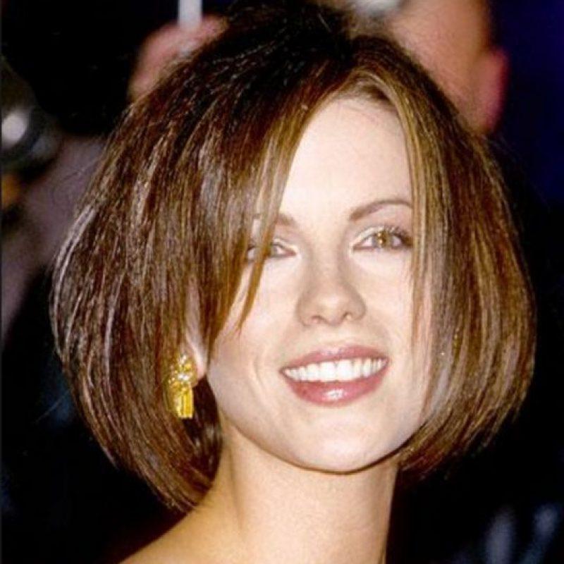 Kate Beckinsale no sabía cómo aprovechar su cabello oscuro. Foto:vía Getty Images. Imagen Por:
