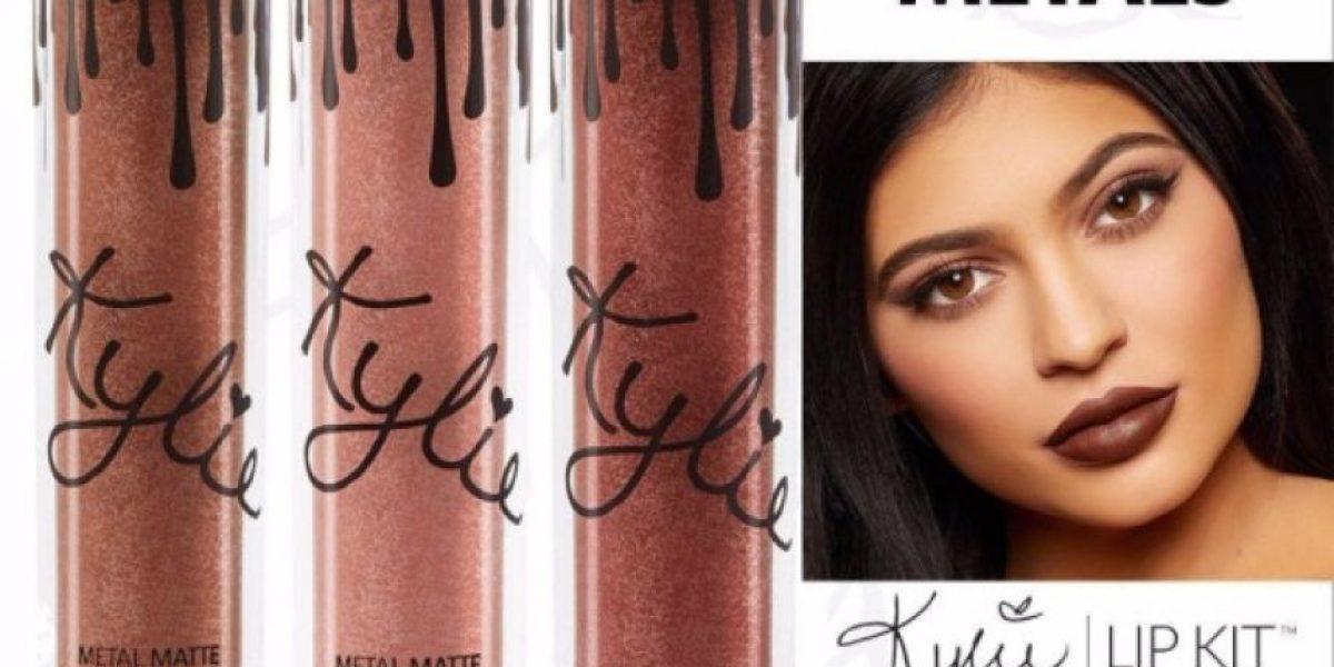 Sombras de Kylie Jenner ¿son copia de otra marca de cosméticos?