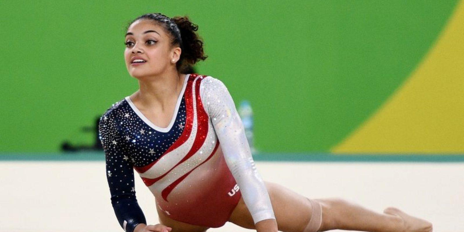 Laurie Hernández, de padres puertorriqueños, fue parte del equipo que ganó oro en evento colectivo de gimnasia artística con Estados Unidos. Foto:Getty Images. Imagen Por: