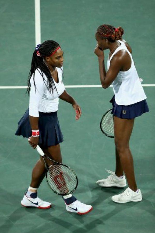 7. En dobles, las hermanas Serena y Venus Williasm cayeron en la primera fase ante las checas Safarova y Strycova Foto:Getty ImagesGetty Images. Imagen Por: