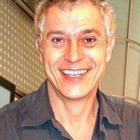 Así luce en la vida real este actor, que lleva su carrera desde los años 70. Foto:Wikia. Imagen Por: