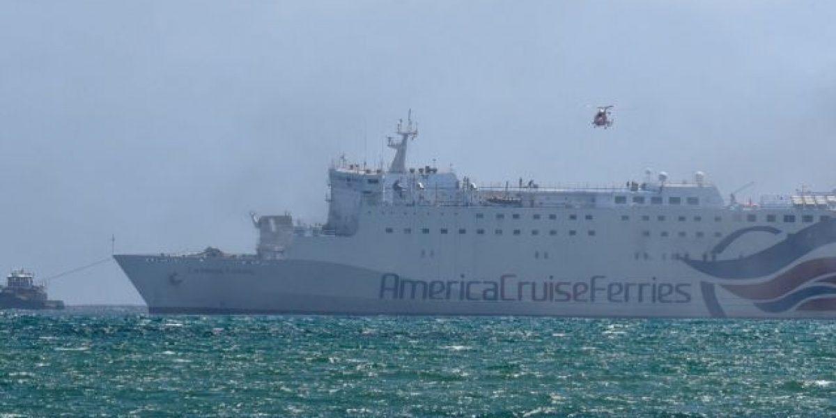 Autoridades delinean plan para disponer del barco