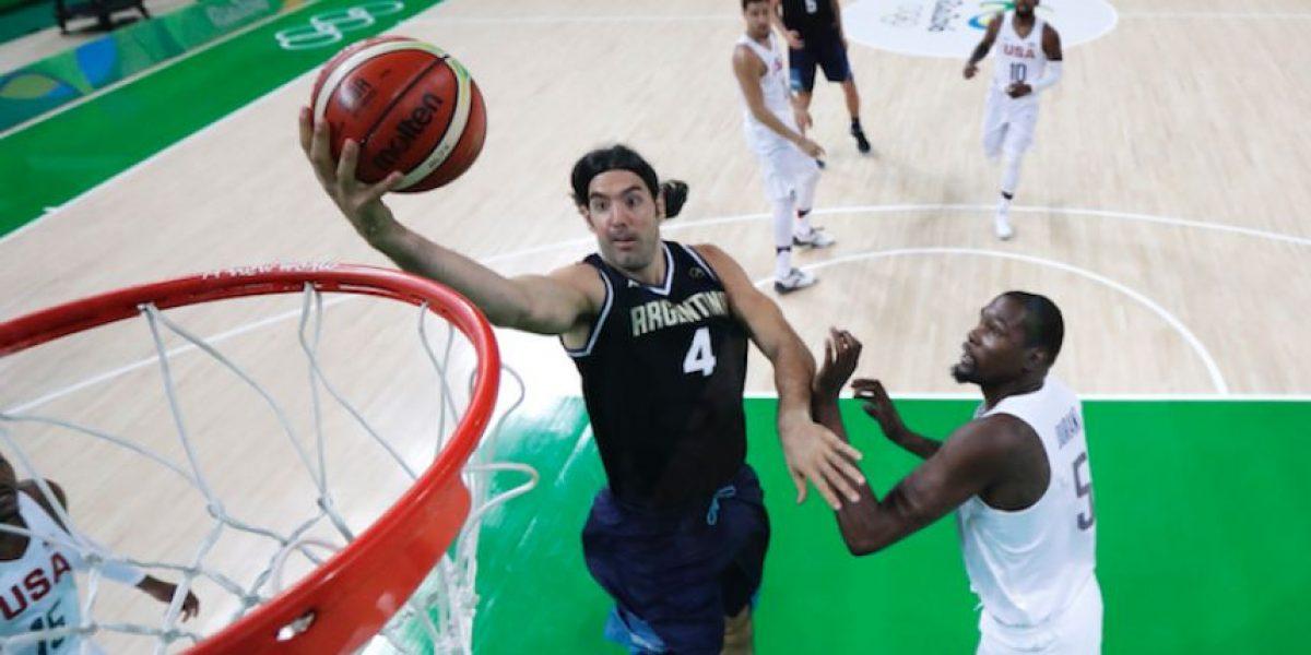 EE.UU. avanza a semifinales con paliza a Argentina