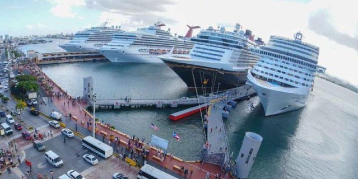 Vuelve a la normalidad puerto de San Juan tras ferry incendiado