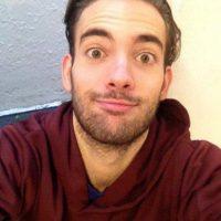 Cristian Landón, uruguayo, se lanzó del quinto piso de su apartamento. Foto:Twitter. Imagen Por: