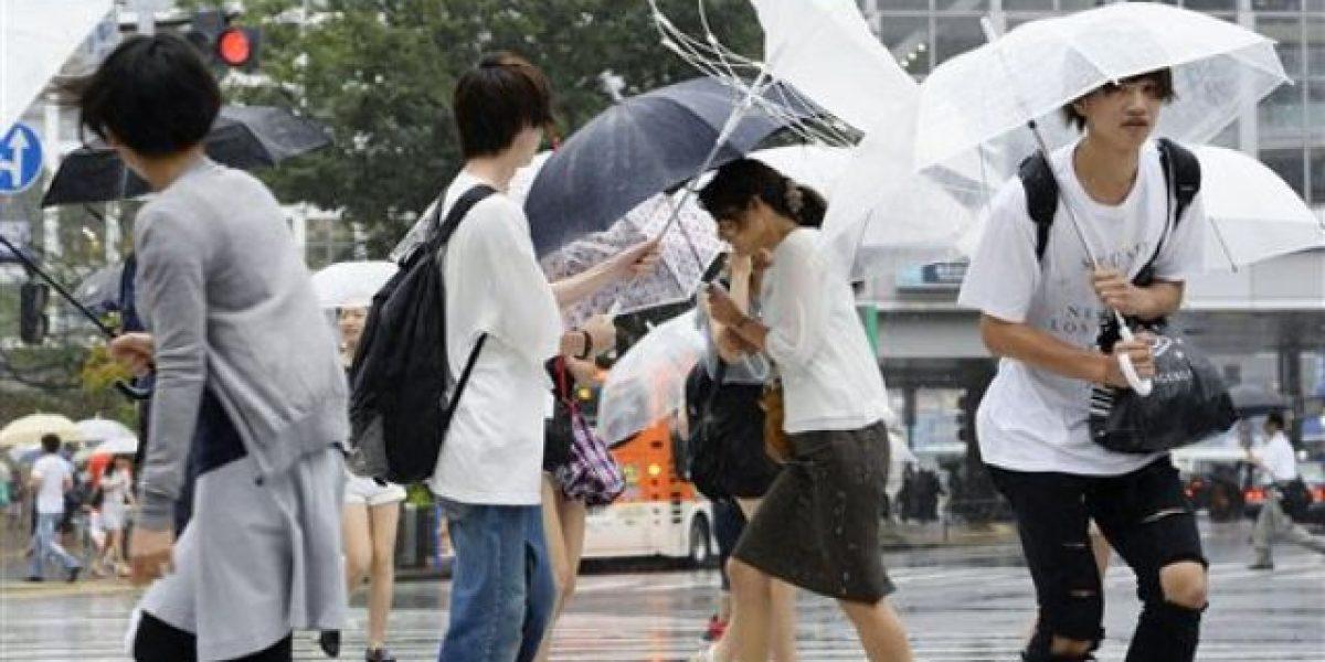 Tifón Mindulle provoca cierre torre de control en aeropuerto Tokio