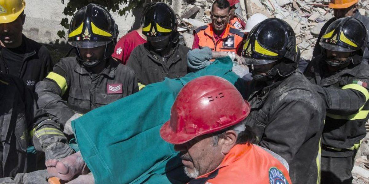 Más víctimas fatales entre los escombros en Italia