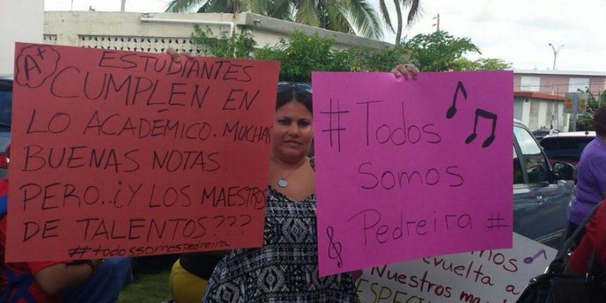 Padres paralizan clases en escuela de San Juan