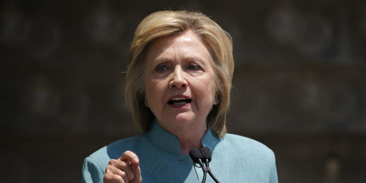 Clinton dice que sus errores con el correo electrónico