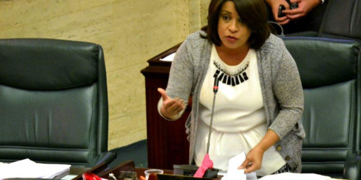 Legisladora pide destitución del alcalde de Cataño