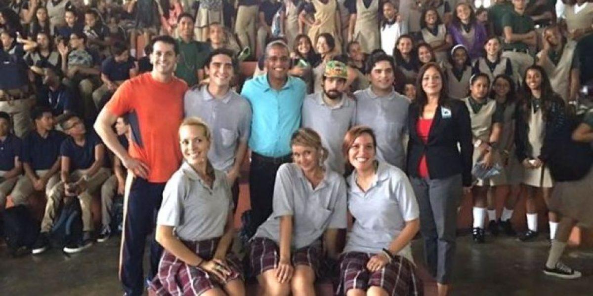 """Jóvenes endosan iniciativa """"De teatro por el distrito"""""""