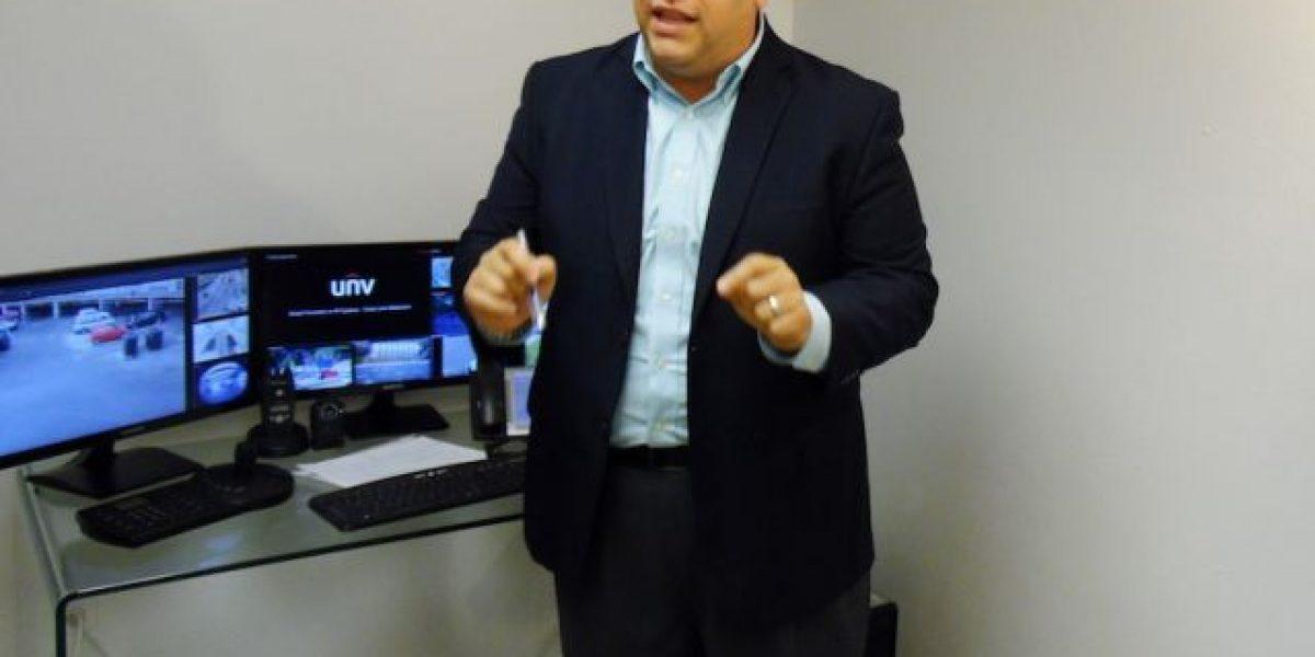 Gary Rodríguez presenta nuevo modelo de seguridad virtual para Toa Alta