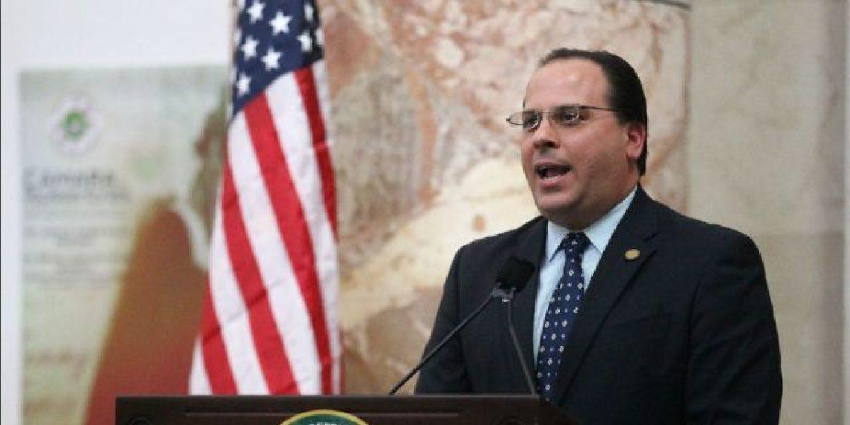 Alcalde de Carolina pide a legisladores a unirse a petición contra Perelló