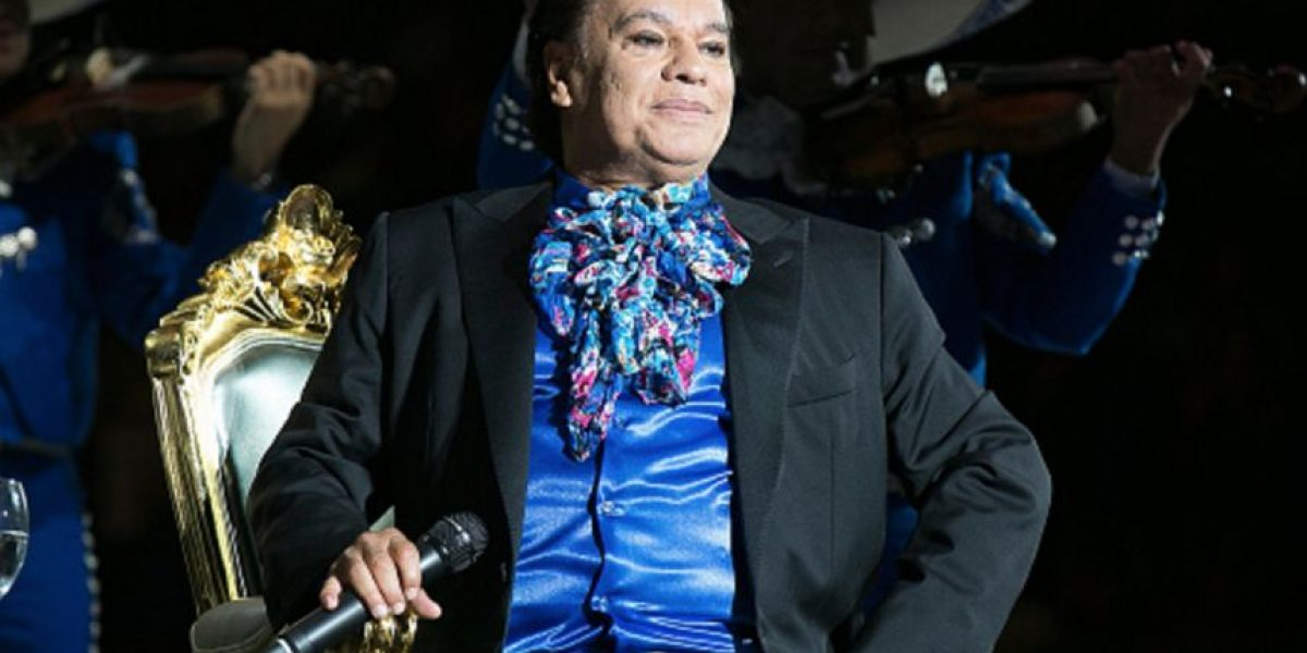 Las polémicas que marcaron la vida de Juan Gabriel