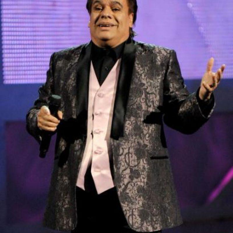 En 1984 Su tema Querida se coloca más de un año en el primer lugar de popularidad en México y América del Sur. Foto:Getty Images. Imagen Por: