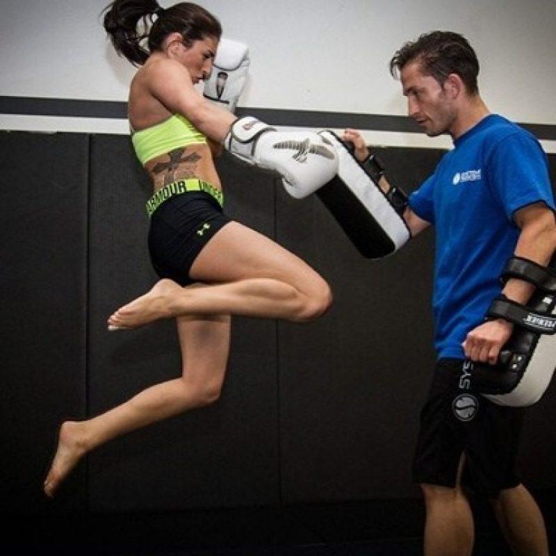 Tiene experiencia en las artes marciales mixtas, donde suma un récord de dos victorias y una derrota Foto:Instagram. Imagen Por: