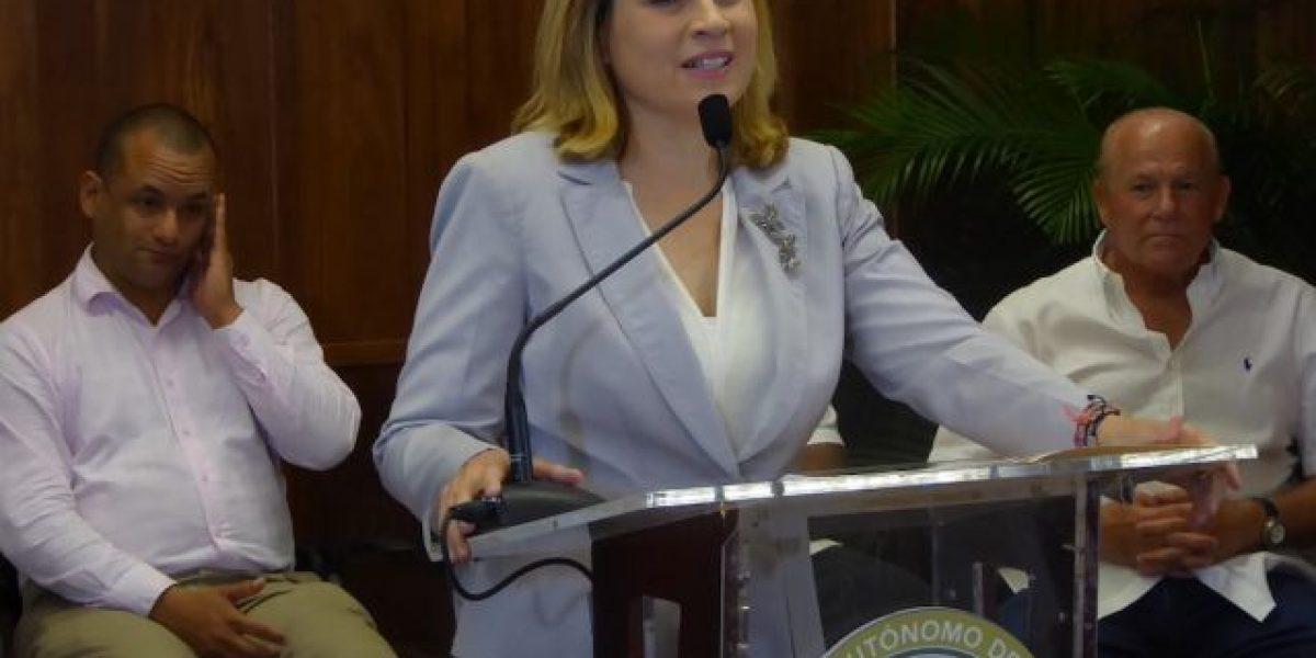 Alcaldesa Cruz Soto inaugura la Casa Dominicana en Santurce