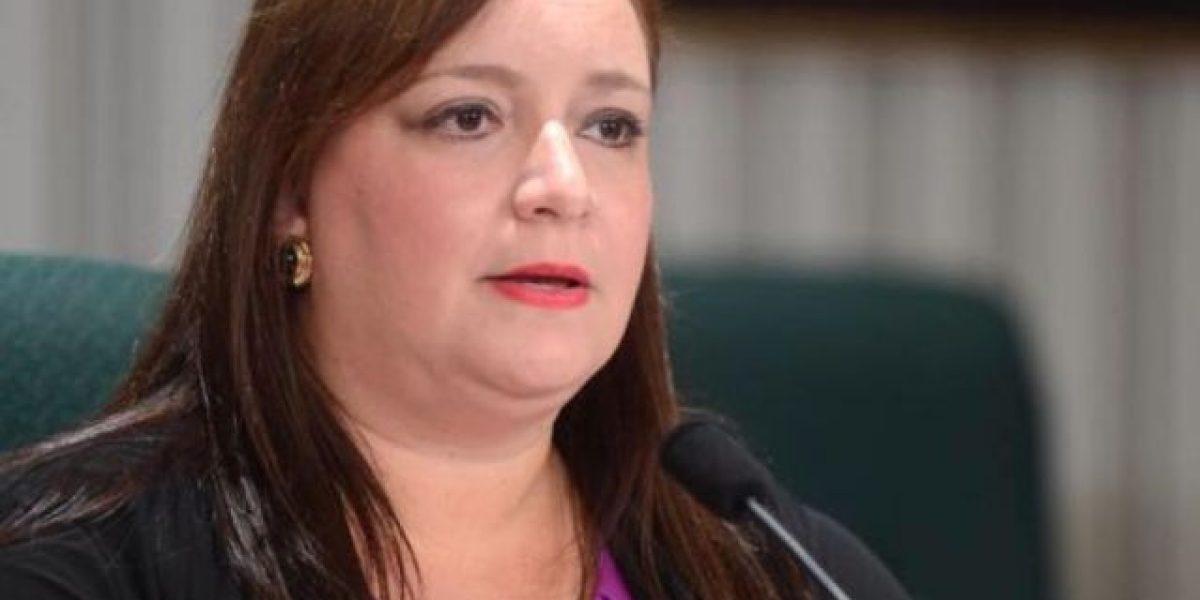 Sonia Pacheco solicita renuncia Presidente de la Cámara