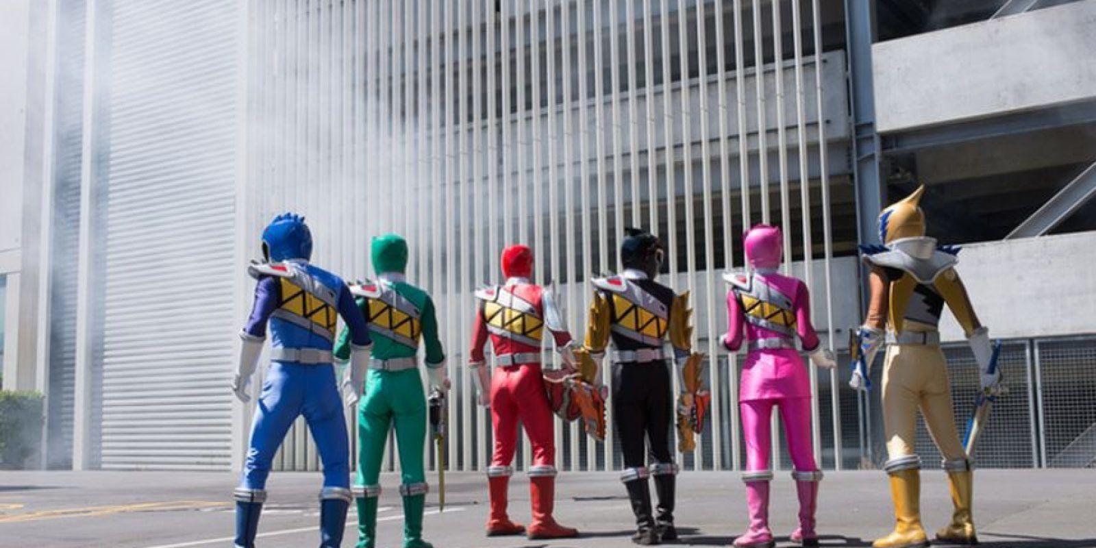 Ha sido transmitida en diversas cadenas como Fox Kids, ABC Kids y Disney XD Foto:Facebook.com/powerrangers. Imagen Por: