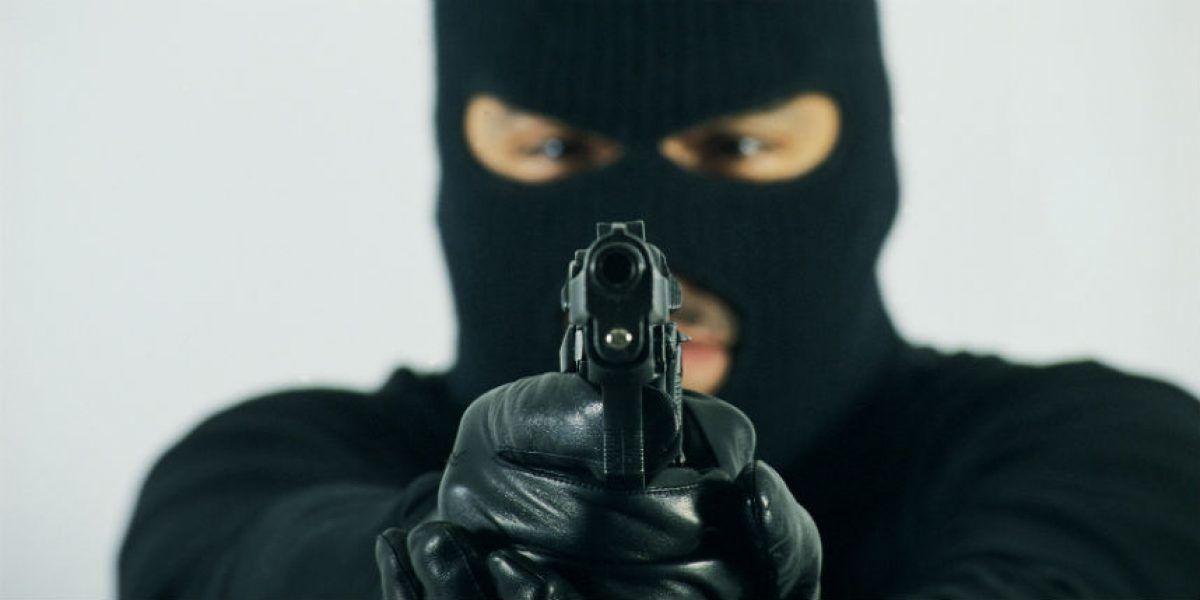 Trío golpea para robar tarjetas de seguro social y del PAN