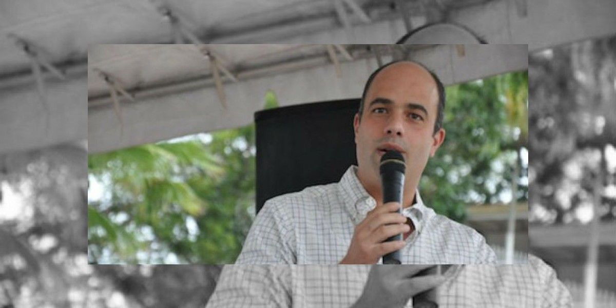 Héctor Ferrer anuncia proyecto para mientras dure PROMESA