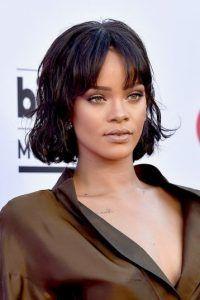 Rihanna sorprende con radical cambio de look. Imagen Por: Getty Images