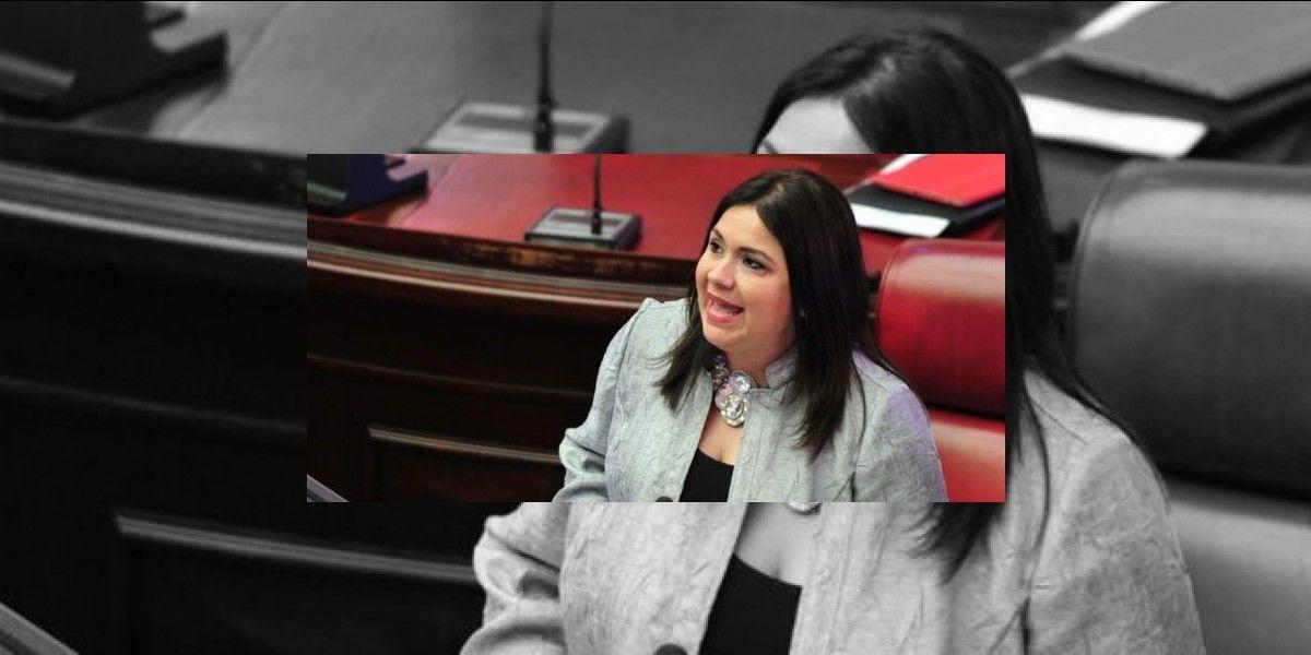 """Piden a Bathia detener pagos a senadora """"fantasma"""" González"""