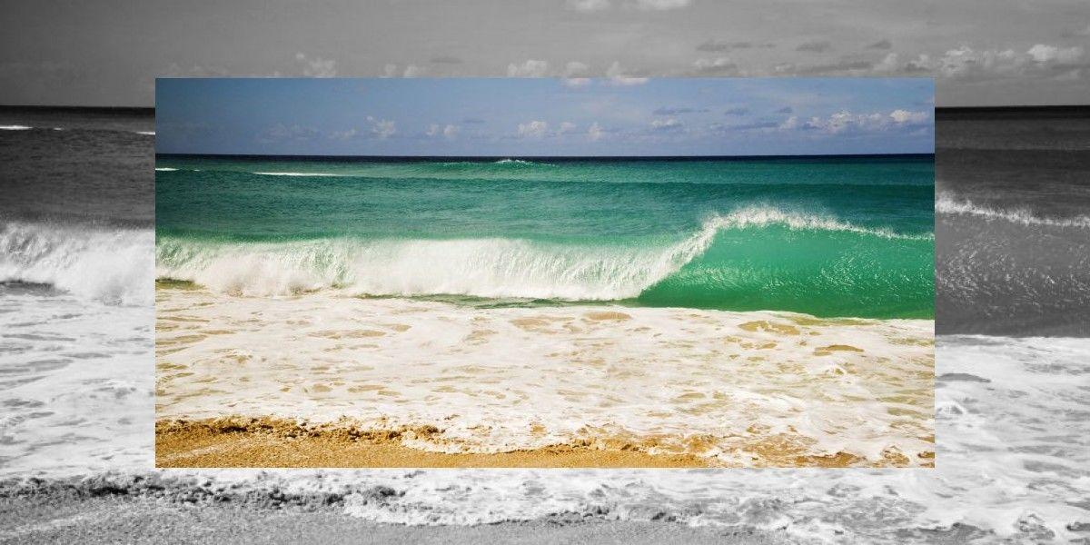 Rescatan a tres jóvenes en playa de Arecibo