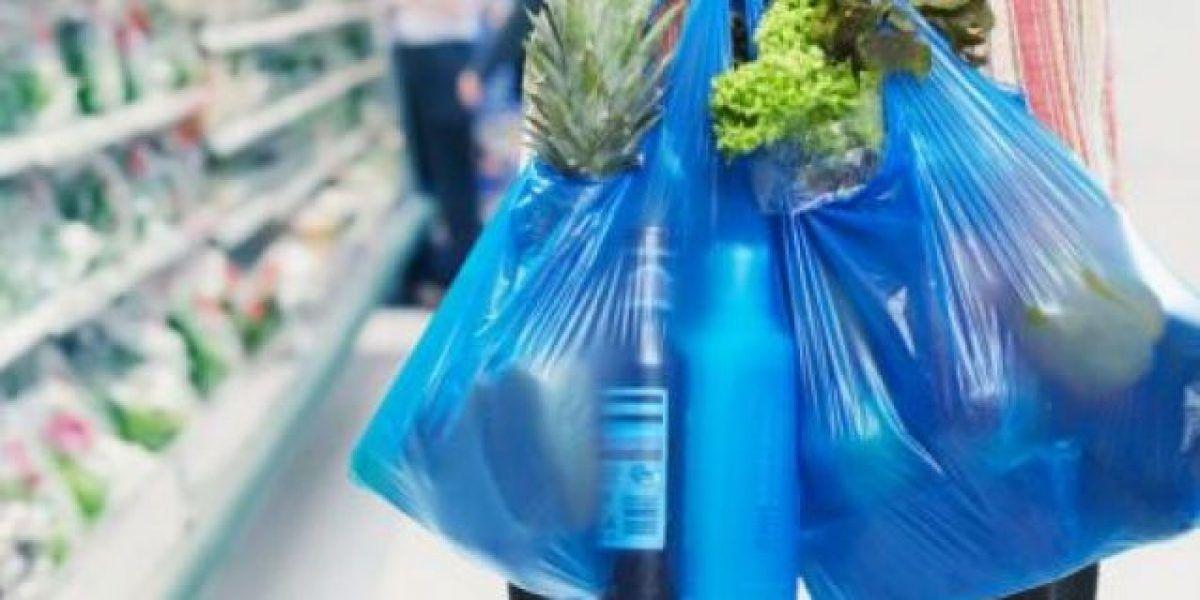 Medida busca quitar prohibición de bolsas plásticas