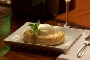 estrudel-manzana-helado-vanilla-3-copy-3. Imagen Por: