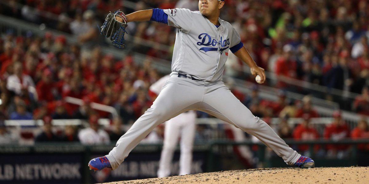 Urías lanzará por los Dodgers en el cuarto partido de NLCS