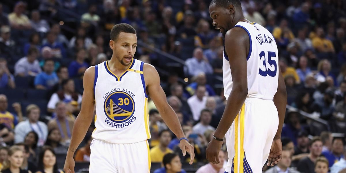 Gerentes NBA escogen a Golden State como favoritos