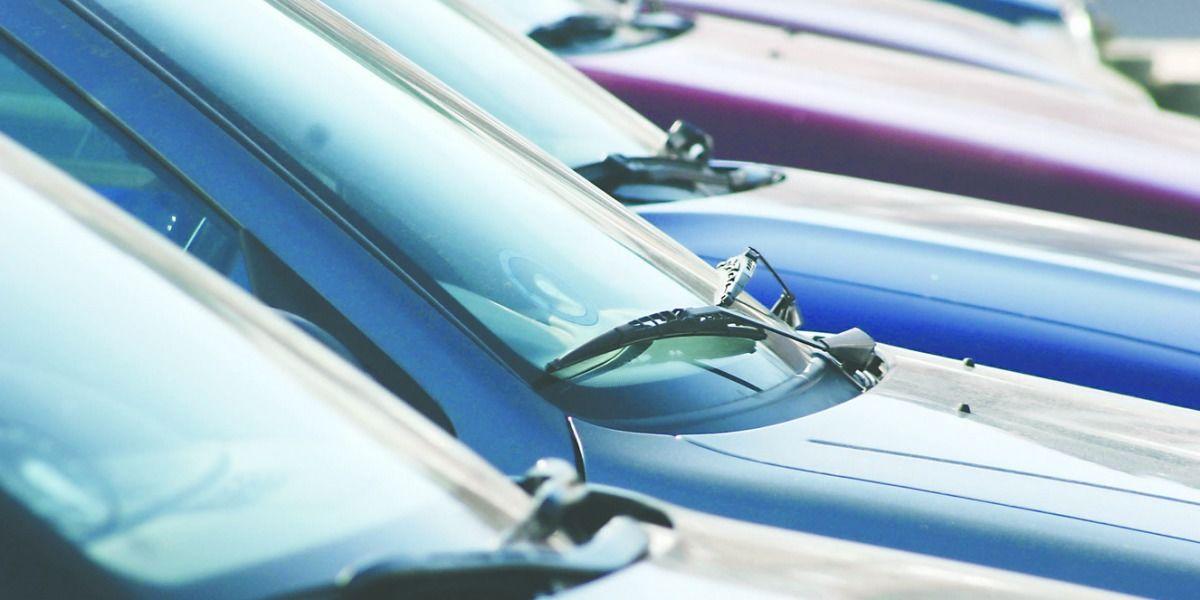 Boricuas optan por los vehículos usados