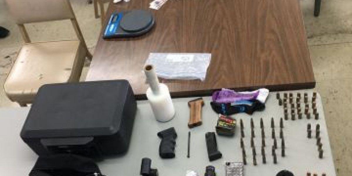 Arrestos en medio de allanamiento de drogas en Caguas
