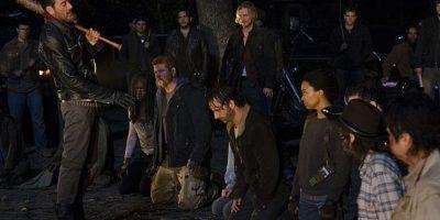 Spoiler! The Walking Dead: filtran a quién matarán en primer episodio de la séptima temporada. Imagen Por: Twitter