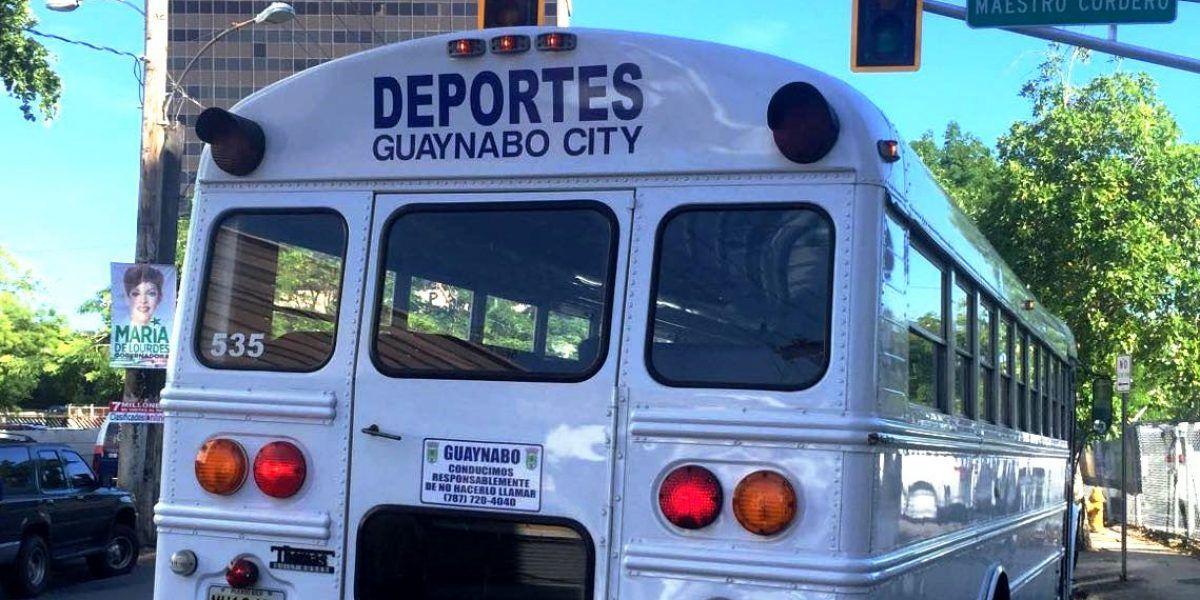 Denuncian presencia de vehículo municipal de Guaynabo en simulacro electoral