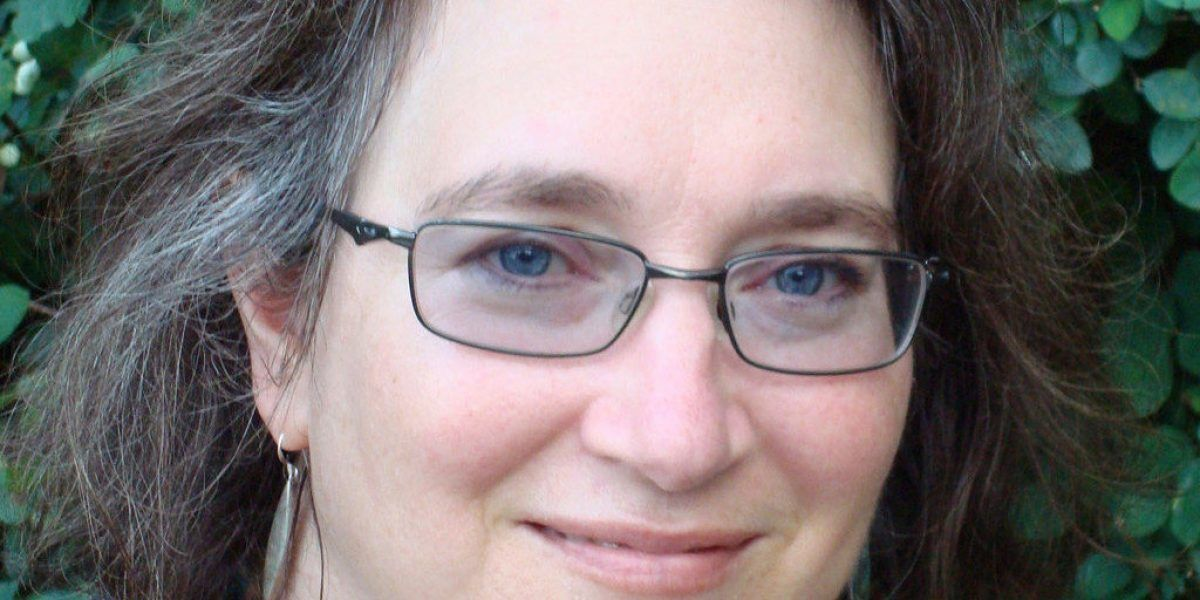 Muere poeta y novelista Lucia Perillo