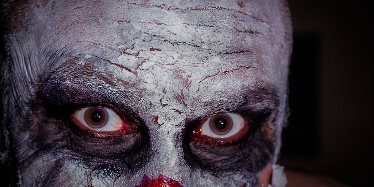 Sujetos con máscaras de payasos agreden hombre en Barranquitas