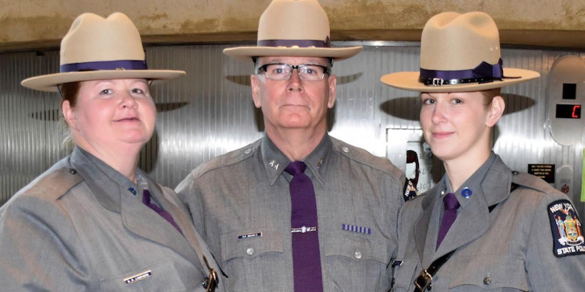 Madre e hija son policías estatales de Nueva York