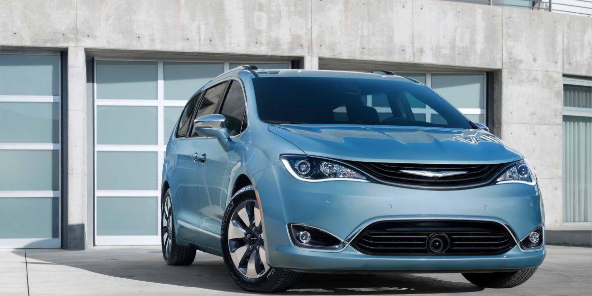 Chrysler Pacifica en PRIAS