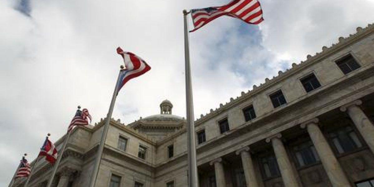 Ofrecerán asesoría gratuita a empleados despedidos en la legislatura