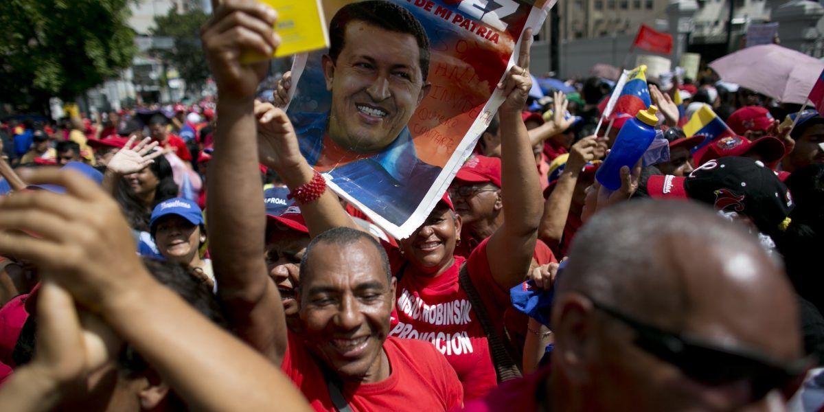 Inician diálogo gobierno y opositores de Venezuela