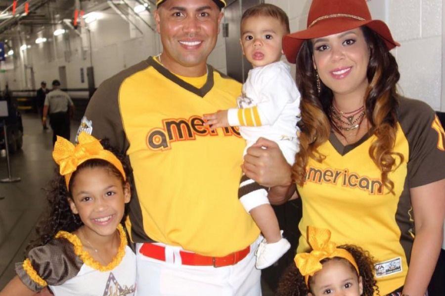Carlos Beltran Y Su Familia Dejan Ver Su Lado Boricua En
