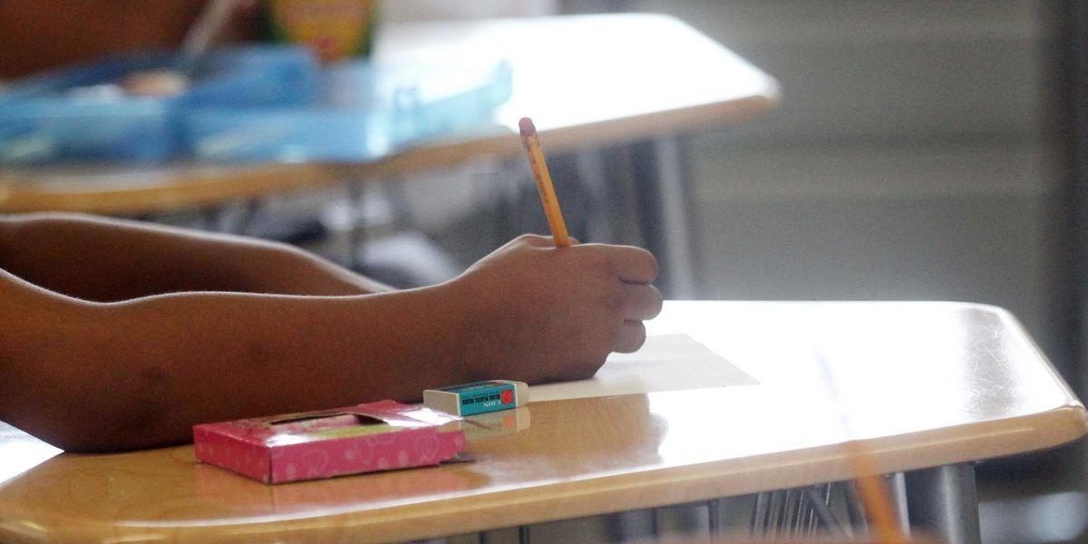 Evaluarán posible cierre de más escuelas