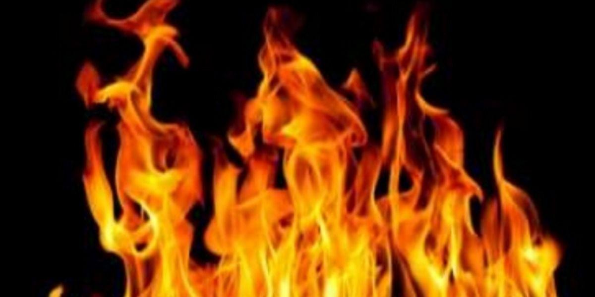 Mujer causa incendio en medio de una operación