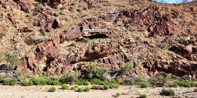 Quería ir al baño, se ocultó en una cueva y halló ruinas de 49 mil años. Imagen Por: Giles Hamm - Phys