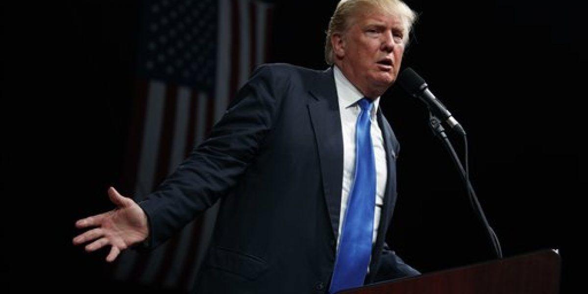 Clinton y Trump cruzan ataques a su capacidad y honestidad