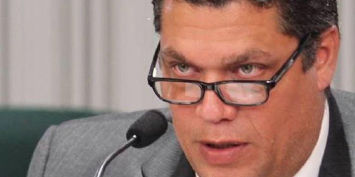 Representante pide a la JCF que evalúe consolidar municipios