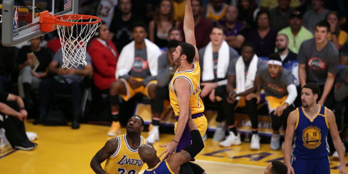 Derrota sorpresa de Warriors ante Lakers